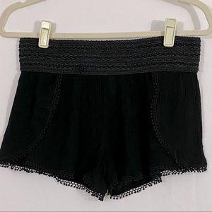 No Boundaries Lacey Black Shorts Medium